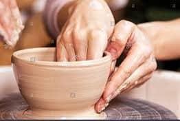 «Come la creta nelle mani del vasaio…»